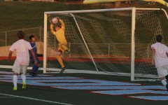 Soccer defeats Ladue in penalty kicks