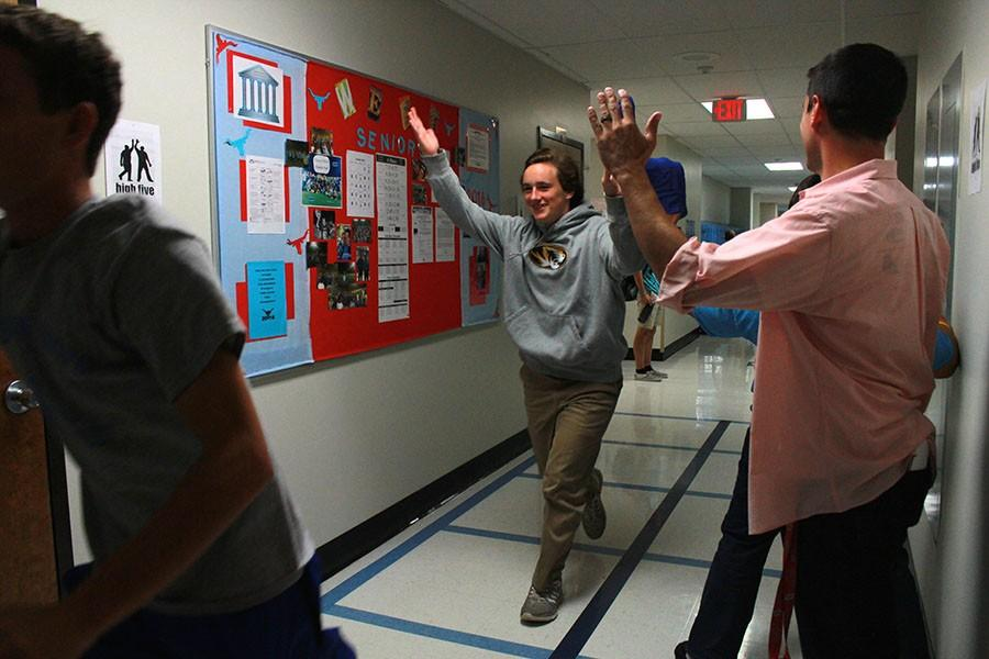 High Five Friday raises student morale
