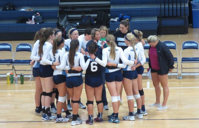 Varsity volleyball hosts Webster Groves in historic reunion of coaches