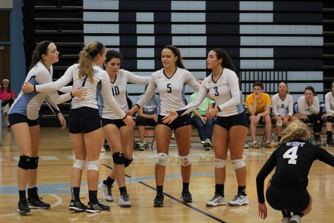 Gallery: Varsity Volleyball vs. Parkway Central