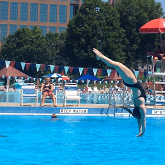 Sophomore Sophie Wojdylo discusses her diving goals and accomplishments