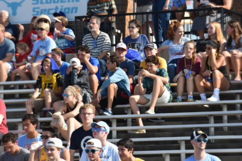 Students address inadequate fan sections