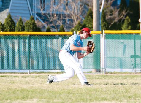 Senior Jack Swiney signs to play Division I baseball