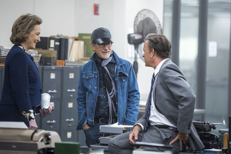 Tom Hanks, Steven Spielberg and Meryl Streep discussing scenes while filming The Post.