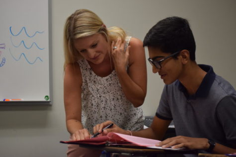 Getting to know English teacher Leslie Lindsey