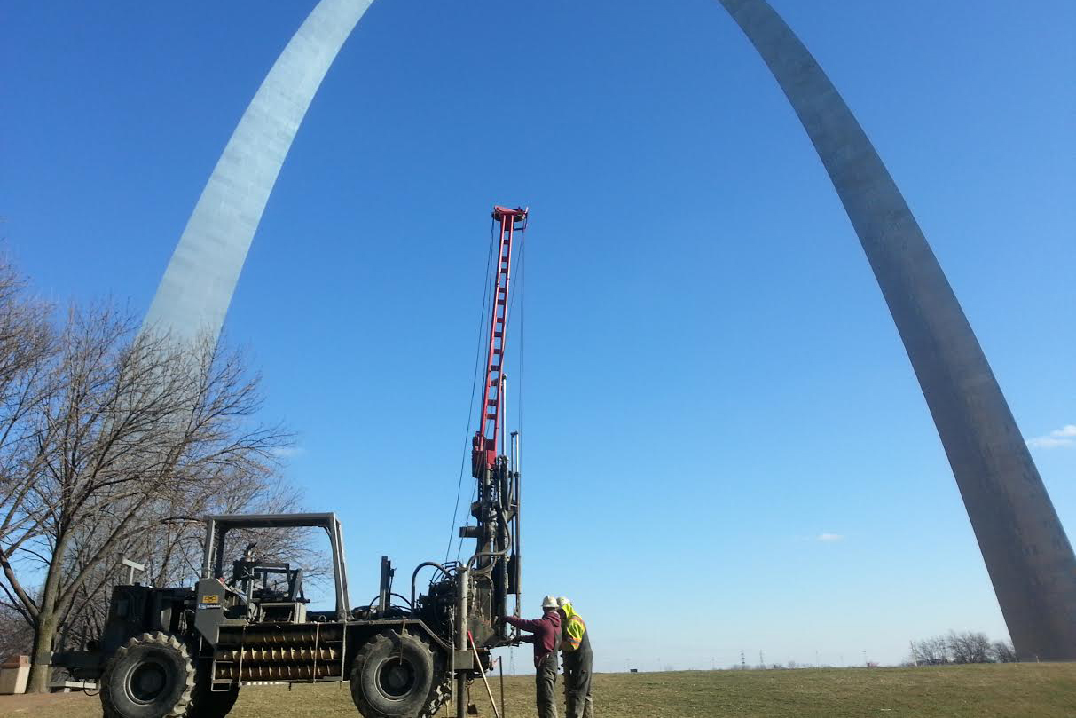 Working near the St. Louis Arch, alumnus Ed Alizadeh's crew drills into the ground as preparation for the beginning of construction for the new St. Louis Arch museum.