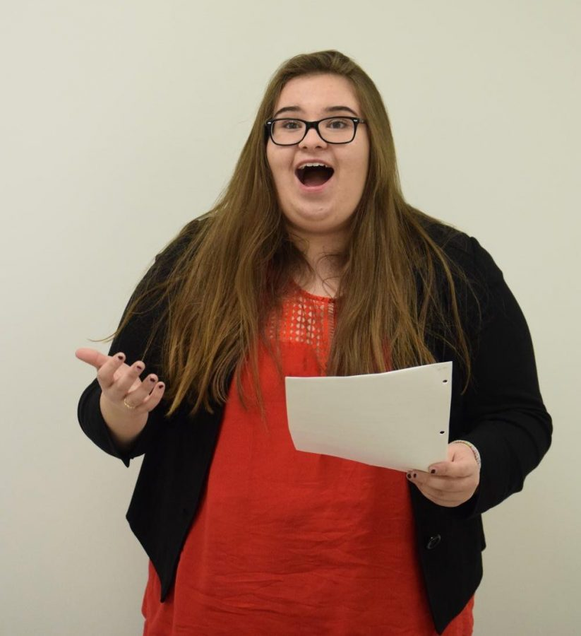 Alumna Kristina Humphrey rehearses prior to a round at the Greater St. Louis Conference Tournament Oct. 28, 2017.