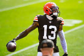 Cleveland Browns Wide Receiver warms up before a game against the Washington Football Team. This file is licensed under the Creative Commons Attribution-Share Alike 2.0 Generic license. Photo by All-Pro Reels.