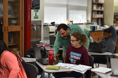 Biology teacher Chris Azar set to retire to the lab