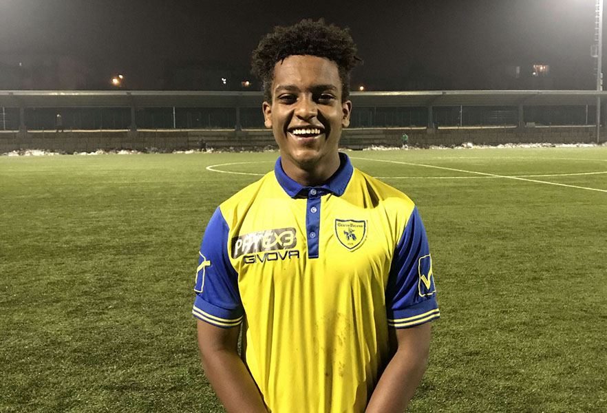 Alumnus+Leul+Mesfin+smiles+at+the+camera+after+playing+a+game+in+the+Bottagisio+Sport+Center+in+Verona%2C+Italy.%0A